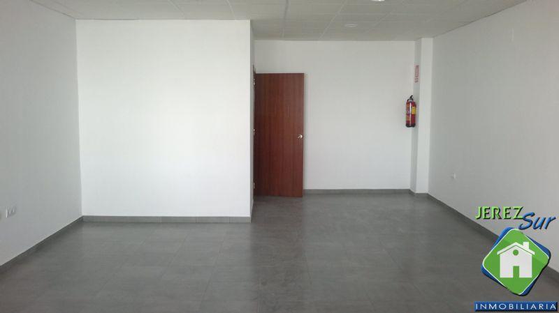 Local comercial en Jerez de la Frontera, Madre de Dios - Centro, alquiler