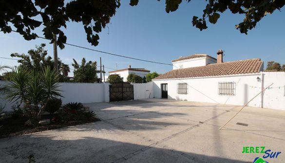 Parcela en Jerez De La Frontera de 5 habitaciones