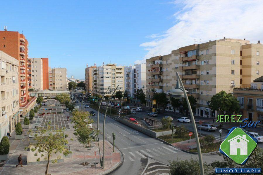 Piso en Jerez de la Frontera, Madre de Dios - Centro, venta