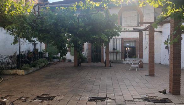 Casa de pueblo en Villa Del Prado de 4 habitaciones