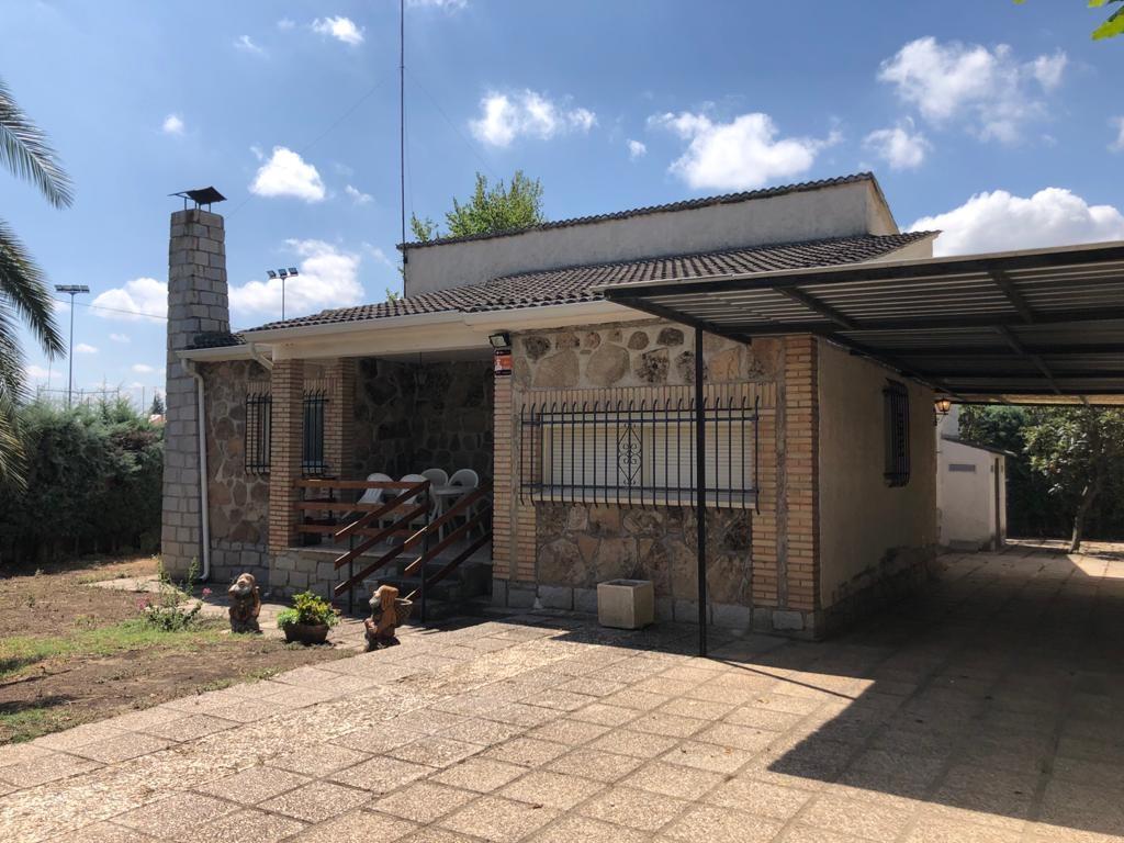 Casa / Chalet en Villa del Prado, piscina, venta