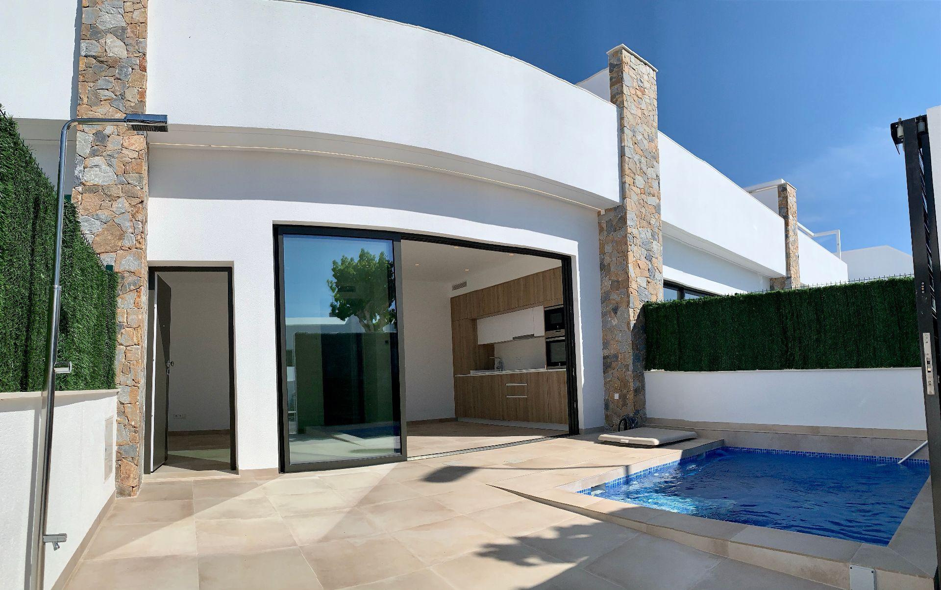 Villa in Pilar de la Horadada, PILAR DE LA HORADADA, for sale