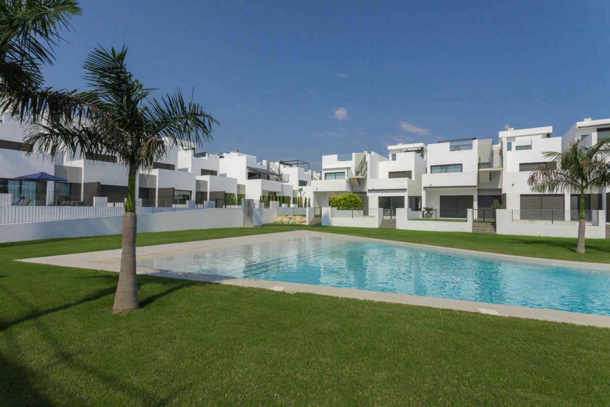 Penthouse in Pilar de la Horadada, for sale