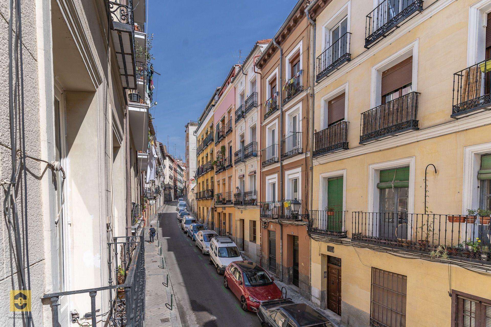 Lägenhet i Madrid, Museo Reina Sofia, till salu