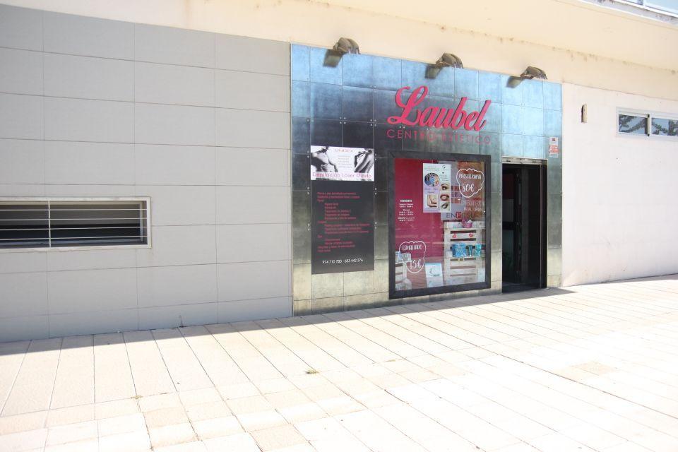 Local comercial en Huesca, venta