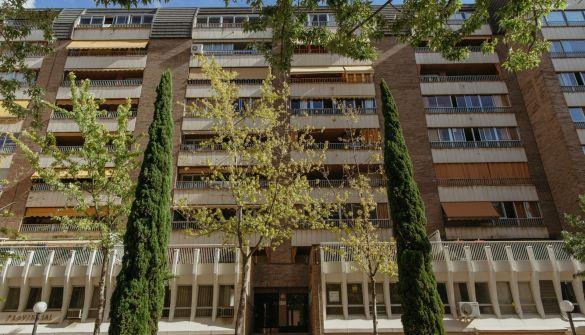 Oficina en Huesca de 4 habitaciones