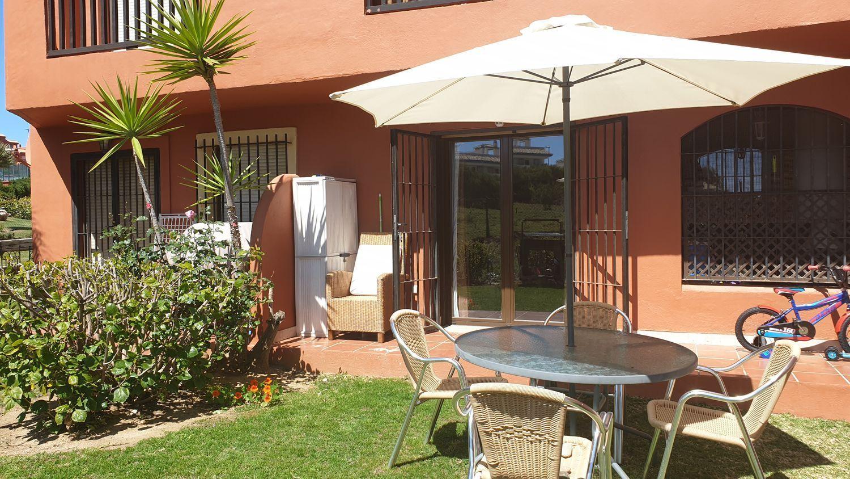 Casa adosada en Estepona, Playa Bahía Dorada, venta