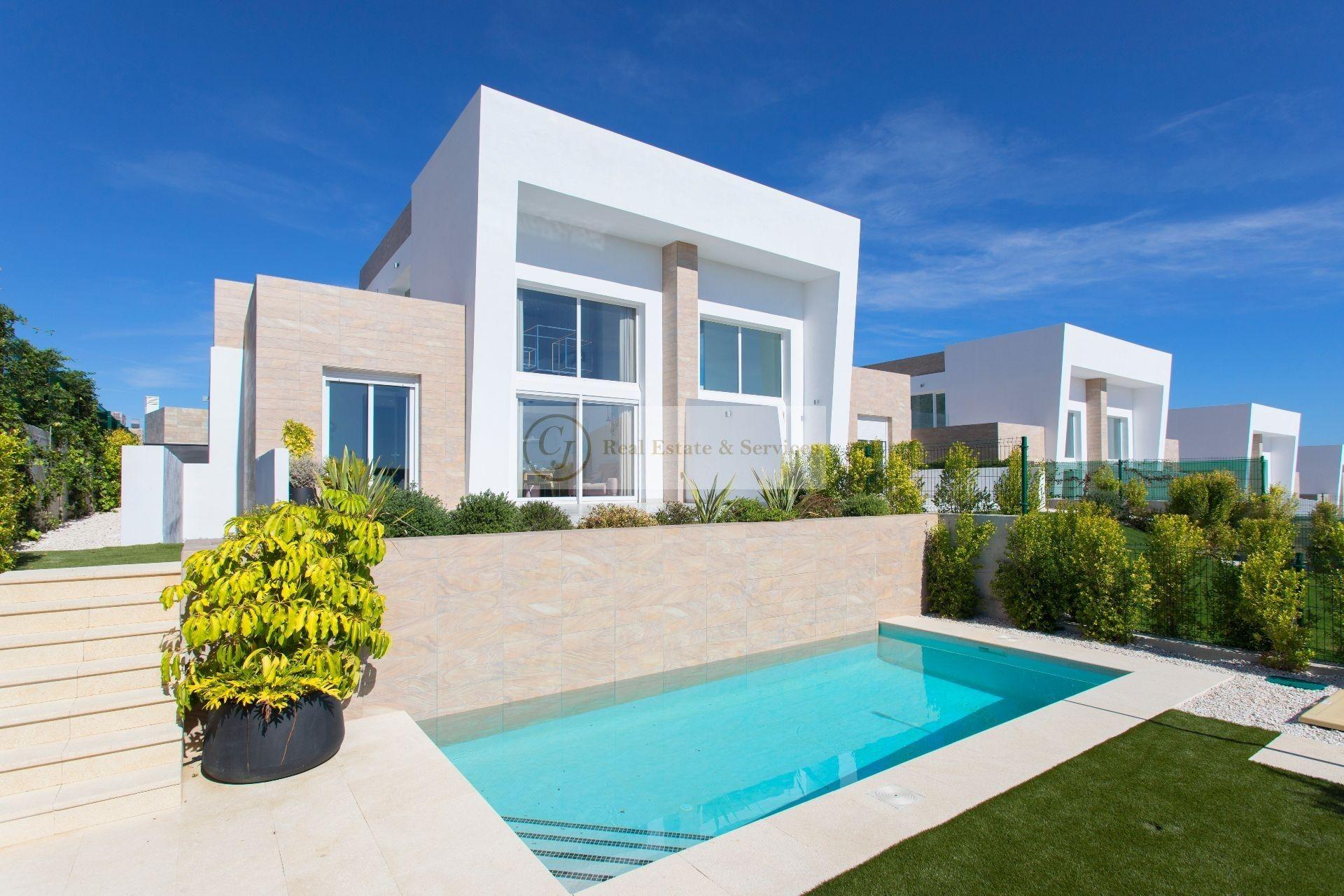 Villa in Algorfa, for sale