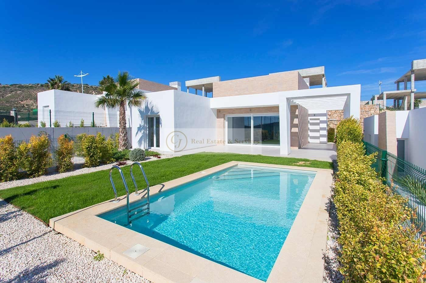 Villa in Algorfa, for sale