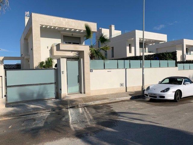 Luxury Villa in Alicante, for sale