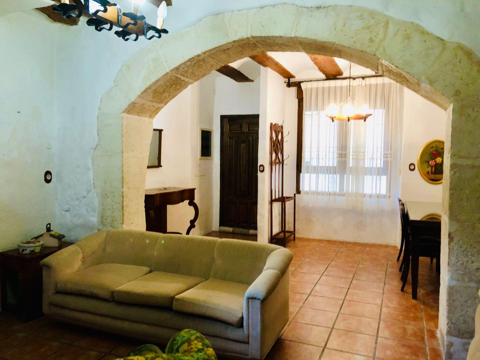 Casa de pueblo en Biar, Casco antiguo, venta