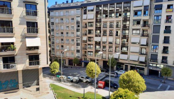 Piso en Ourense de 4 habitaciones