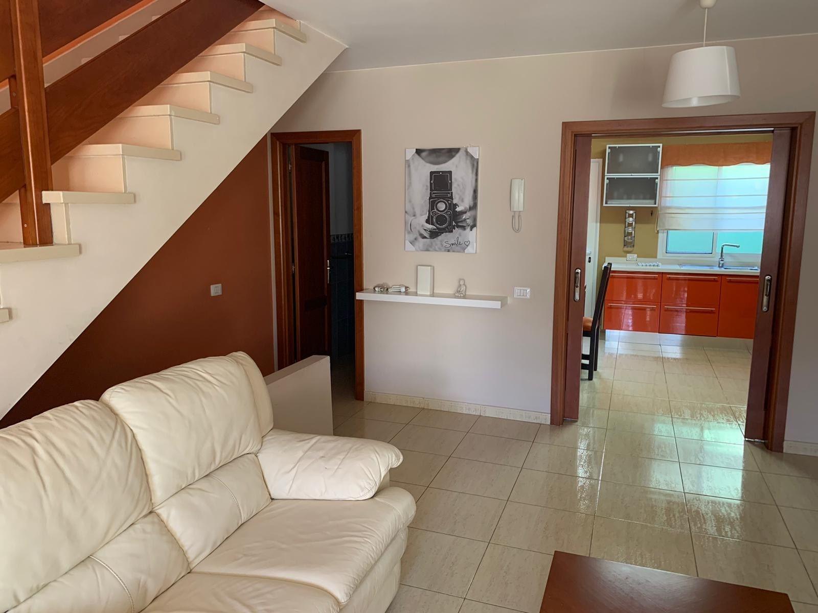 Duplex in Santa Lucía de Tirajana, Vecindario, for sale