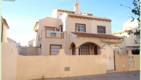 Villa in Torre de la Horadada, El Mojon, for sale