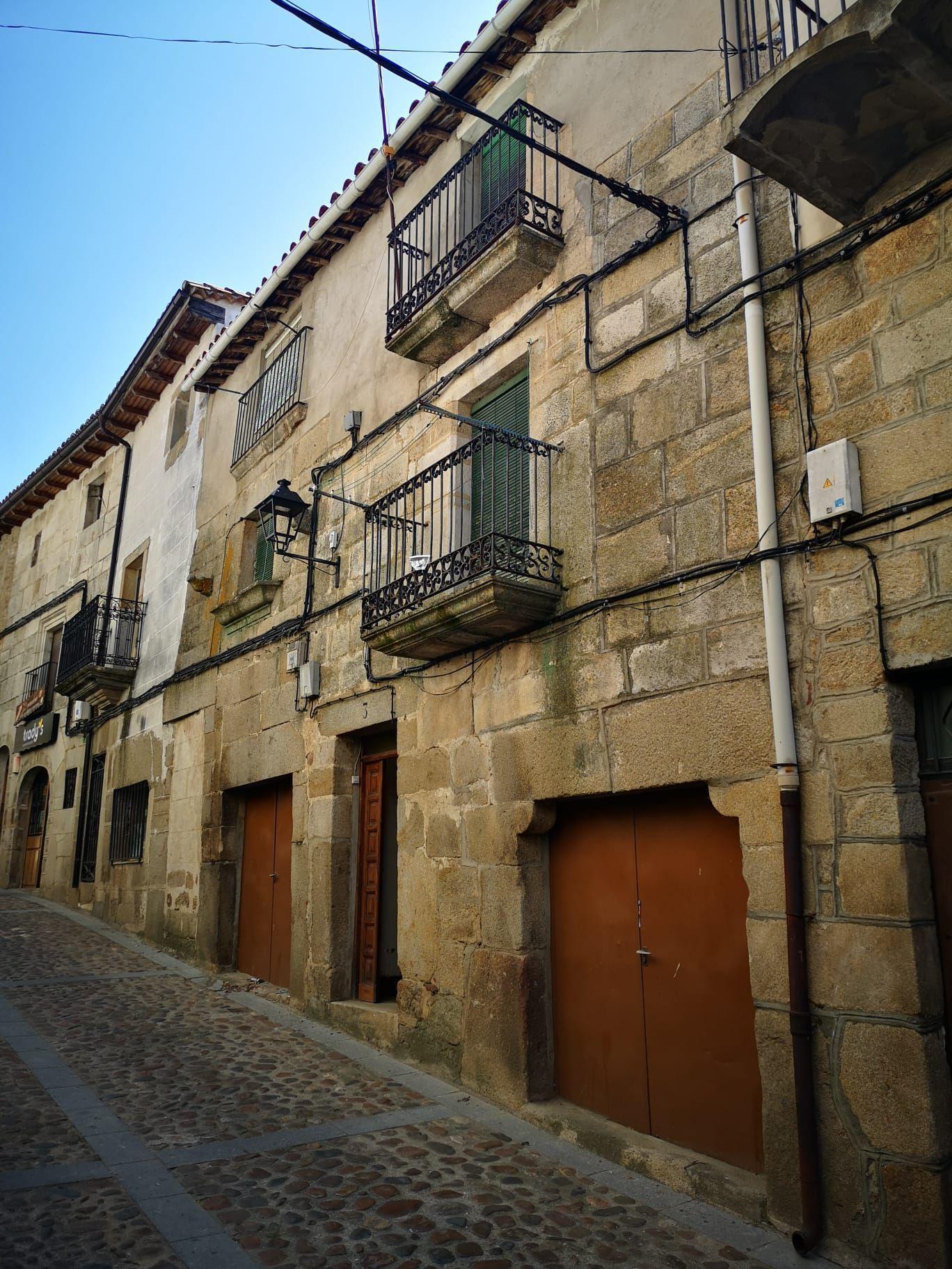 Casa de pueblo en Hoyos, Centro, venta
