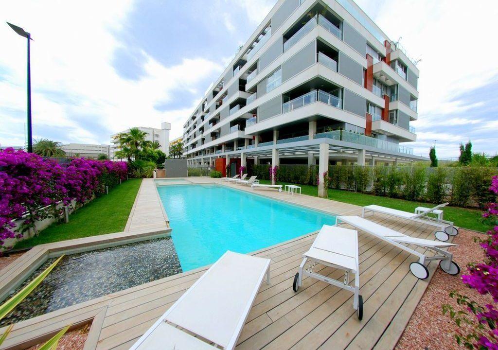 Apartment in Ibiza, Marina di Botafoch, for sale