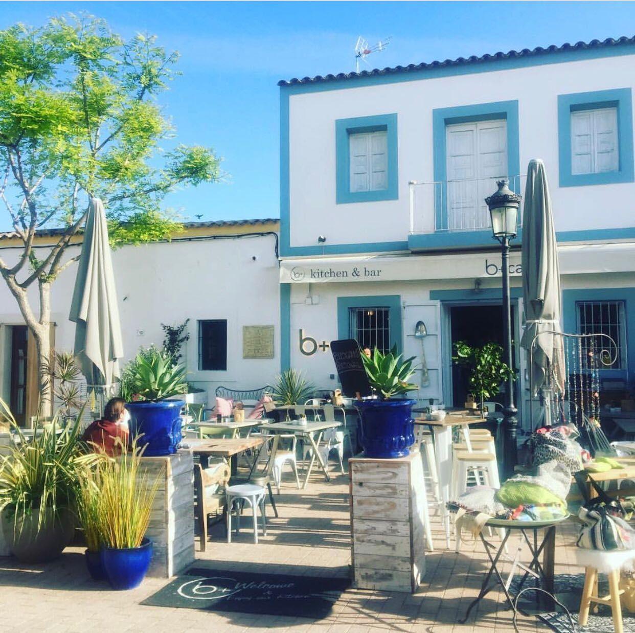 Commercial property in Ibiza, Santa Gertrudis, for rent