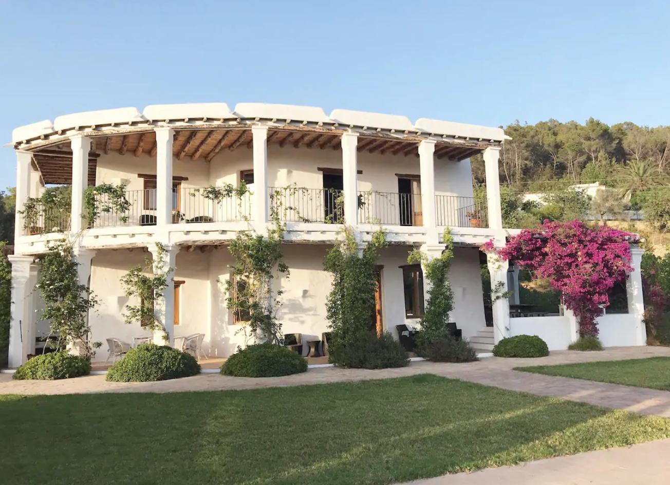 Luxury Villa in Sant Joan de Labritja, Sant LLorenc de Balafia, holiday rentals