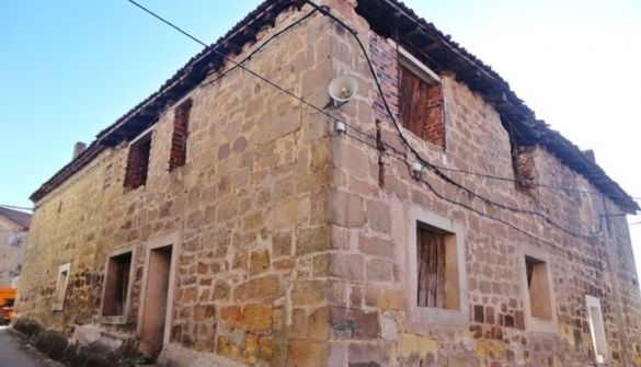 Casa de pueblo en Vilviestre Del Pinar de 1 habitaciones