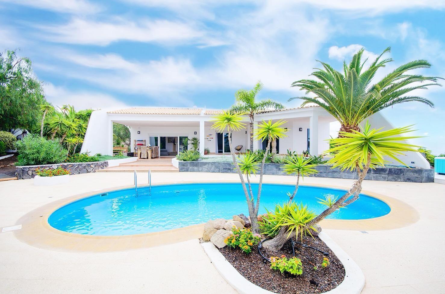 Luxury Villa in Tijoco de Abajo, for sale