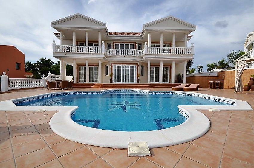 Vila de Luxe a Costa Adeje, en venda