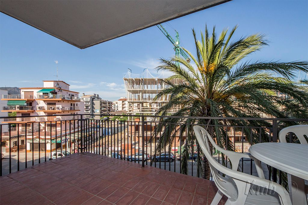 Apartment in Roses, for sale
