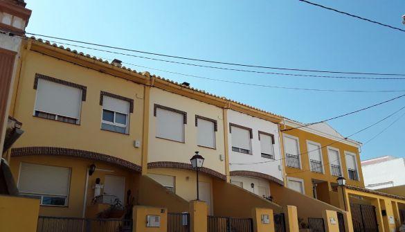 Casa adosada en Segorbe de 3 habitaciones
