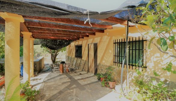 Casa de campo en Losa Del Obispo de 3 habitaciones
