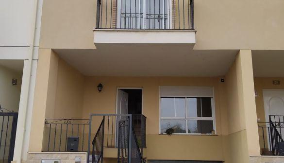 Casa adosada en Altura de 3 habitaciones