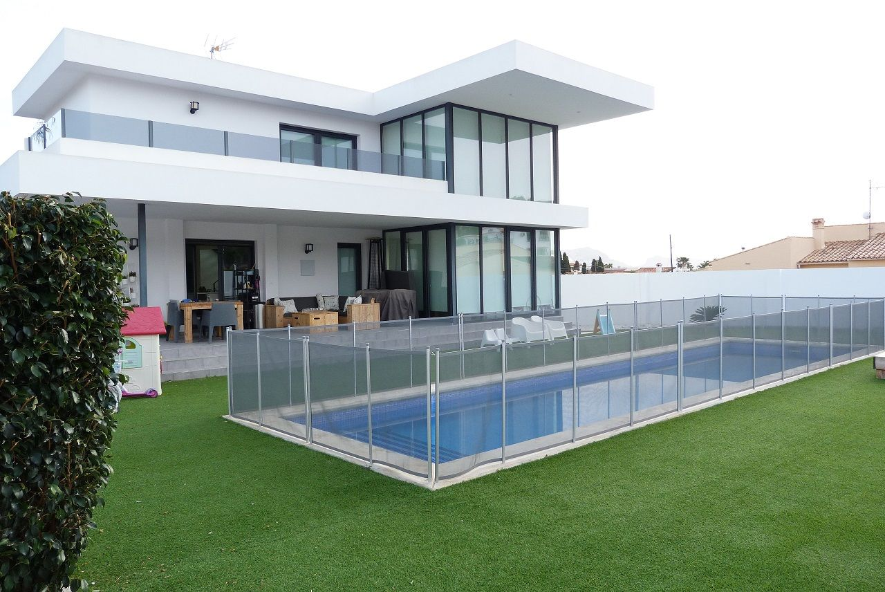 Villa in Alfaz del Pi / l'Alfàs del Pi, for rent