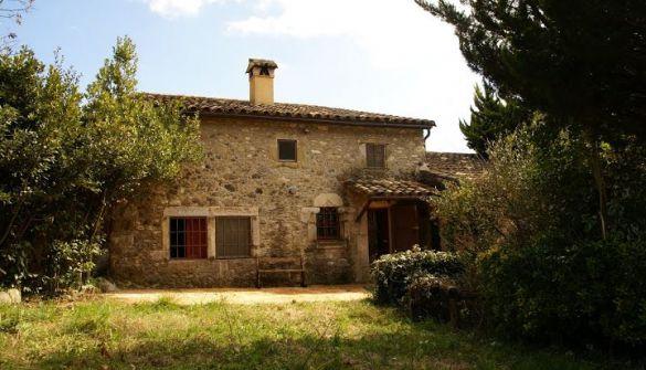 Casa de campo en Sant Aniol De Finestres de 3 habitaciones