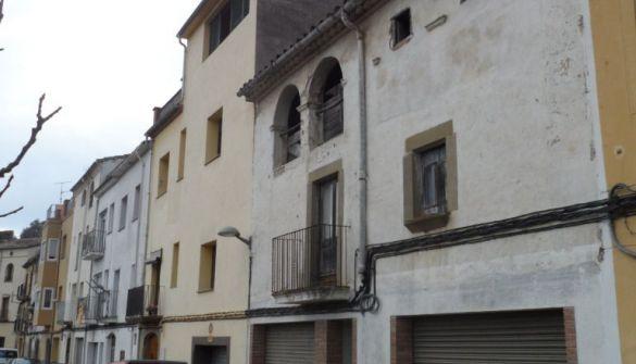 Casa de pueblo en Amer de 8 habitaciones