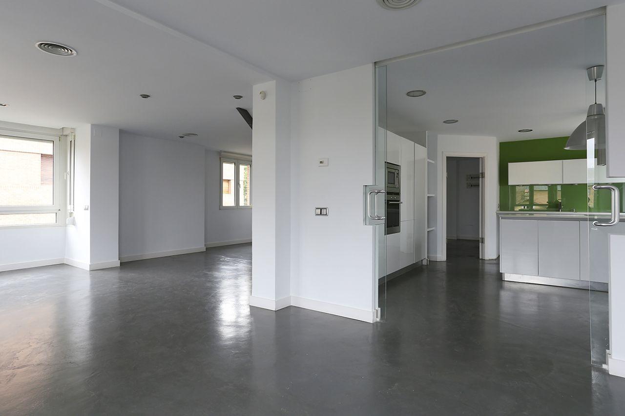Ático en Madrid, ARTURO SORIA, alquiler