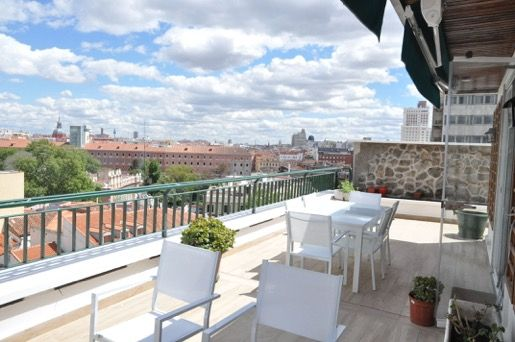Penthouse in Madrid, ARGÜELLES, for rent