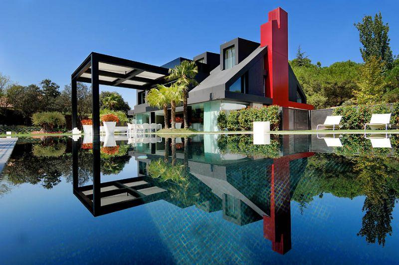 Venta Villa de Lujo en Madrid, LA MORALEJA con Piscina