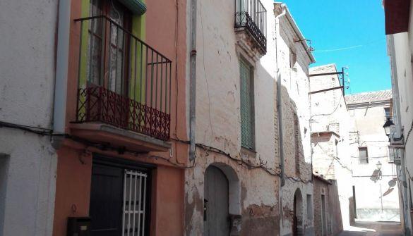 Casa de pueblo en Tortosa de 3 habitaciones