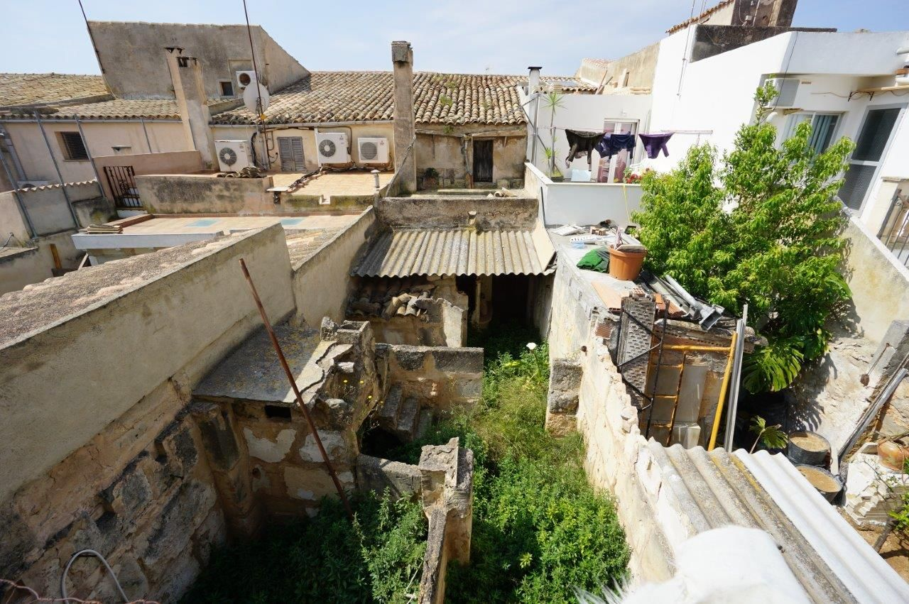 Town House in Llucmajor, Pueblo / Village / Dorf / Dorp, for sale