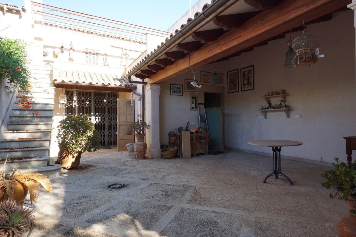 Town House in Llucmajor, Pueblo / Village / Dorf, for sale