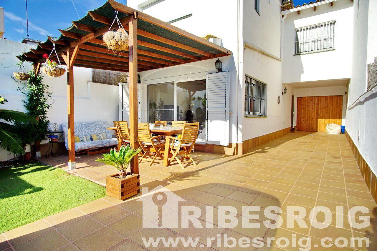 Casa / Xalet a Sant Pere de Ribes, Centre, en venda