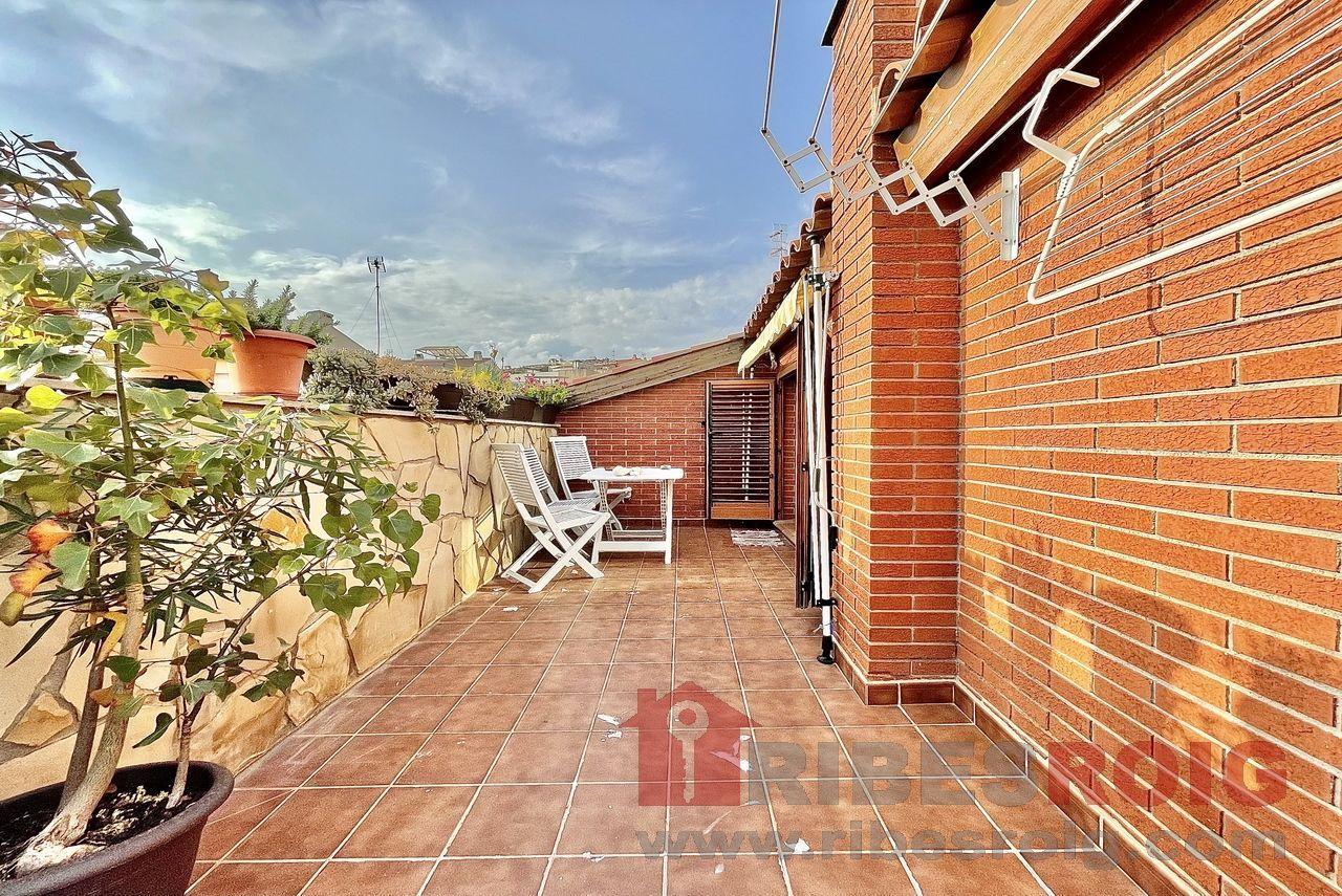 Casa adosada en Sant Pere de Ribes, Urbanitzacions, venta