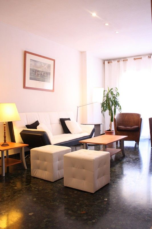 Flat in Valencia, Arrancapins, for rent