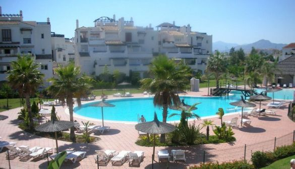 Apartment in San Pedro de Alcántara, San Pedro de Alcántara playa, holiday rentals