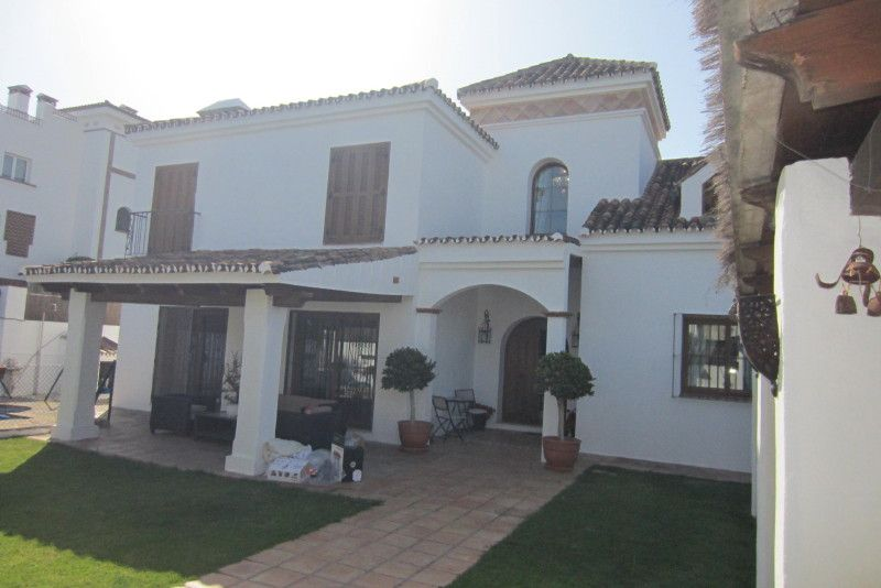 Villa in San Pedro de Alcántara, San Pedro de Alcántara playa, for rent