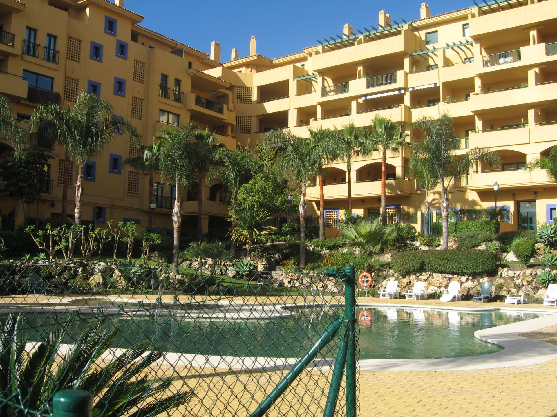 Apartment in San Pedro de Alcántara, San Pedro de Alcántara playa, for sale