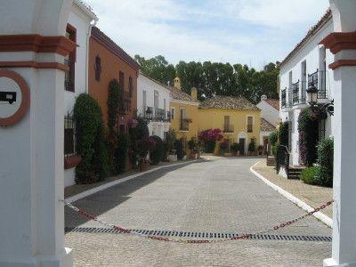 Terraced House in San Pedro de Alcántara, Guadalmina Baja, holiday rentals