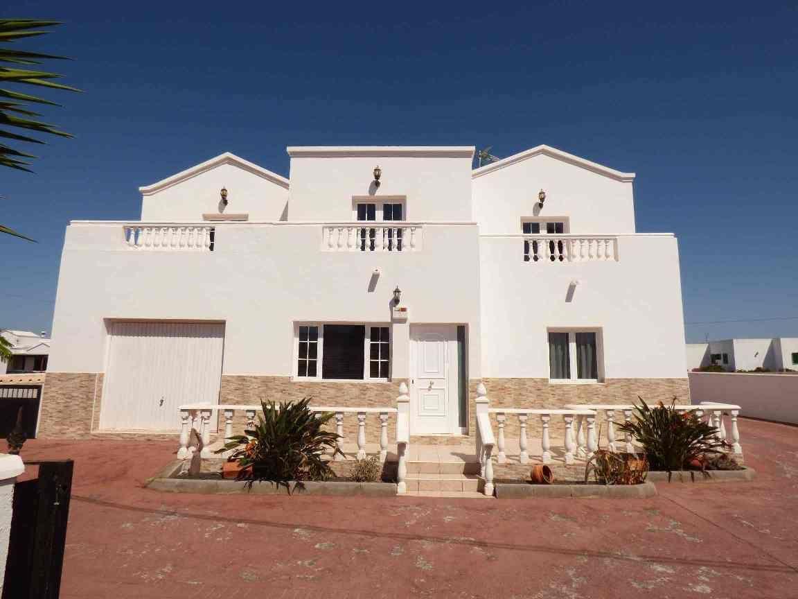 Villa de Lujo en Teguise, venta