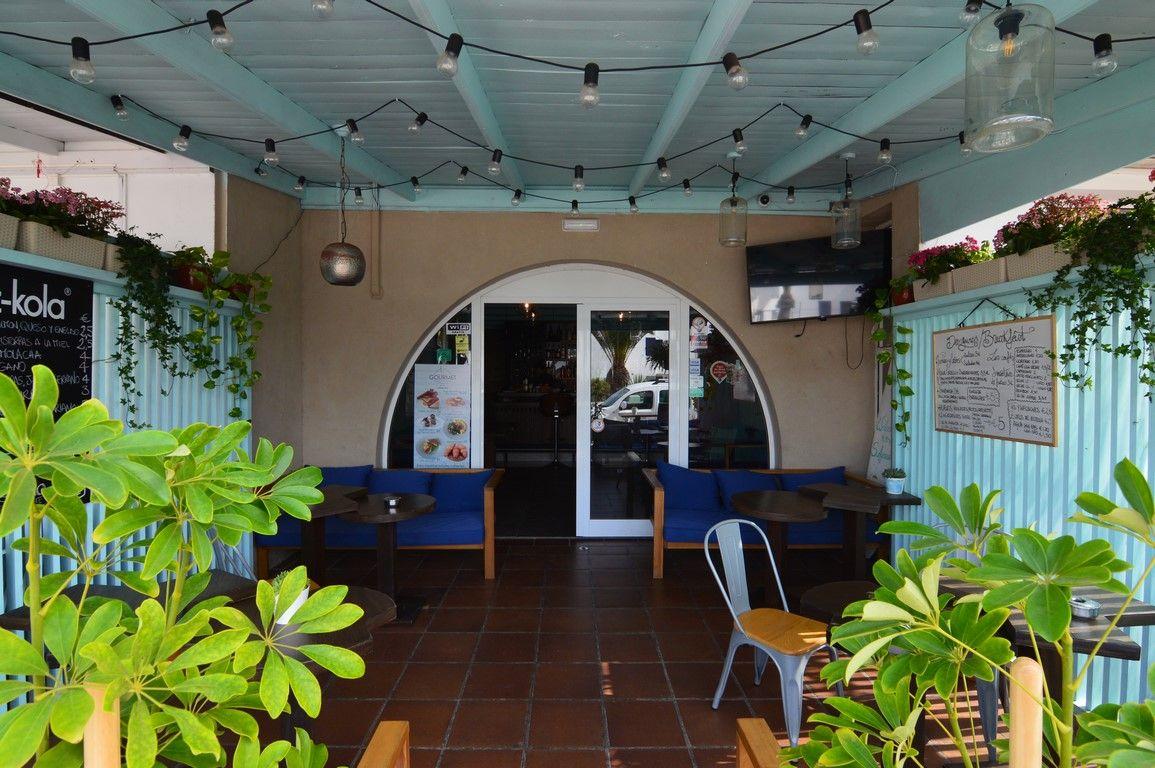 Local comercial en Corralejo, Avda Grandes Playas, venta