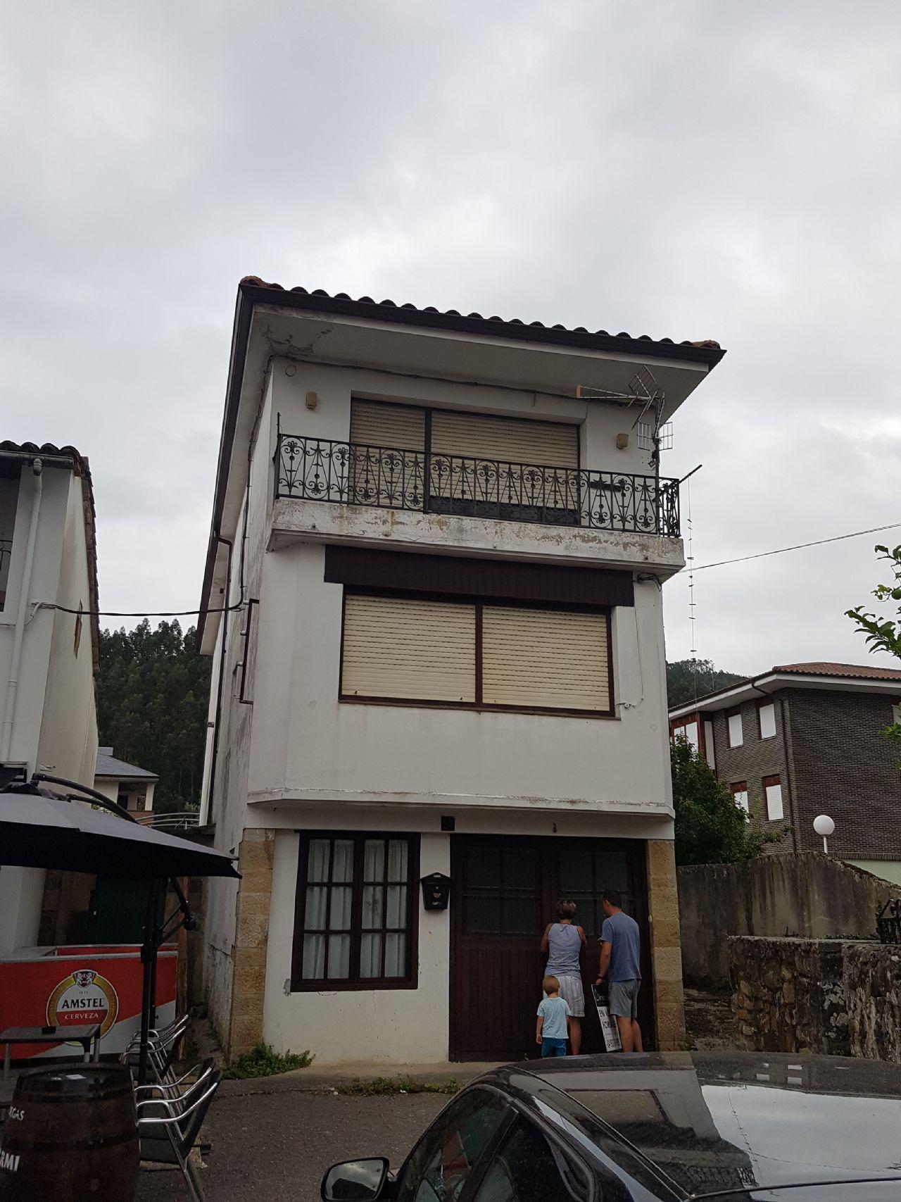 Casa de pueblo en Guriezo, venta