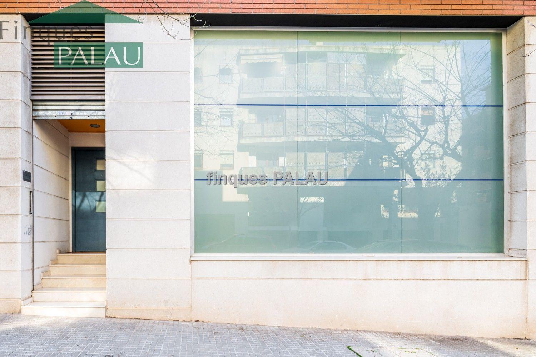 Local comercial en Sant Feliu de Llobregat, Mas Llui, alquiler