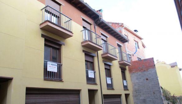 Casa adosada en Mora De Rubielos de 3 habitaciones